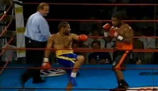 Courtney Burton vs Emanuel Augustus - full fight Video 2004