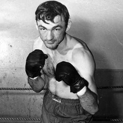 Alfredo Urbina boxer