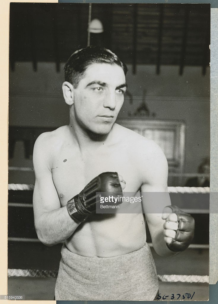 Tommy McInnes boxer
